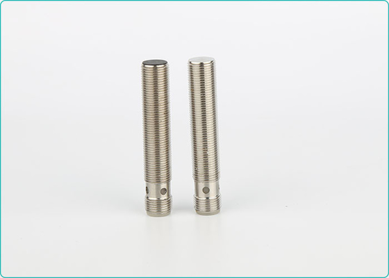 China Full Metal Housing Industrial Automation Sensors M12 4pin Connector 2mm 12VDC supplier